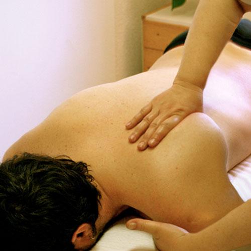 Masaje terapéutico escapula
